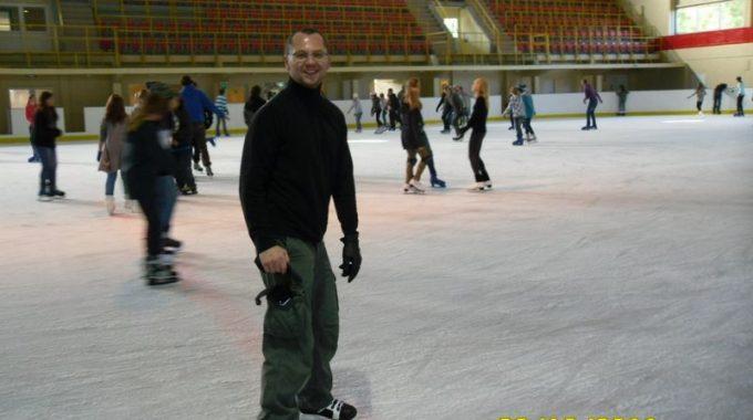 77 – Lodowisko